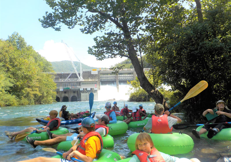 extreme river tubing group